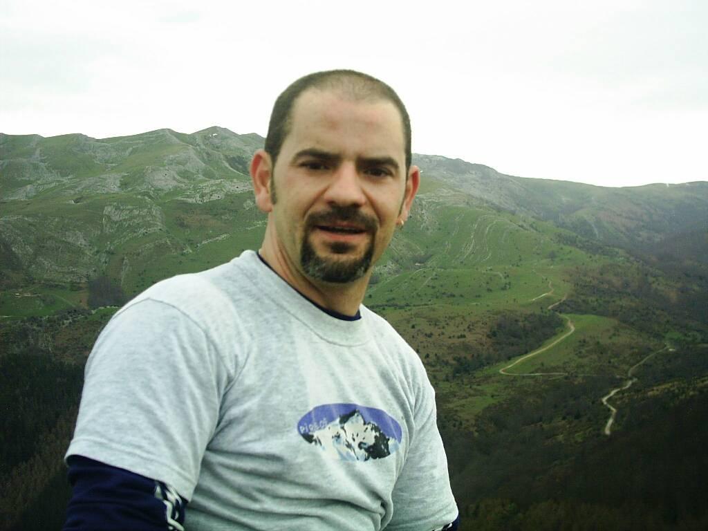 gillermo ansola erabiltzailea Sarastarri puntan, 2006-03-26 09:55