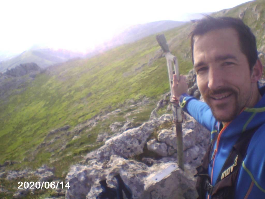 Andoni Oyarzabal erabiltzailea Elurzuloak puntan, 2020-06-14 09:50