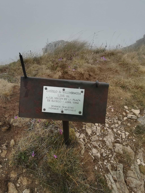 JPilipa Legarda erabiltzailea Castillo de Vallehermosa puntan, 2020-09-05 12:31