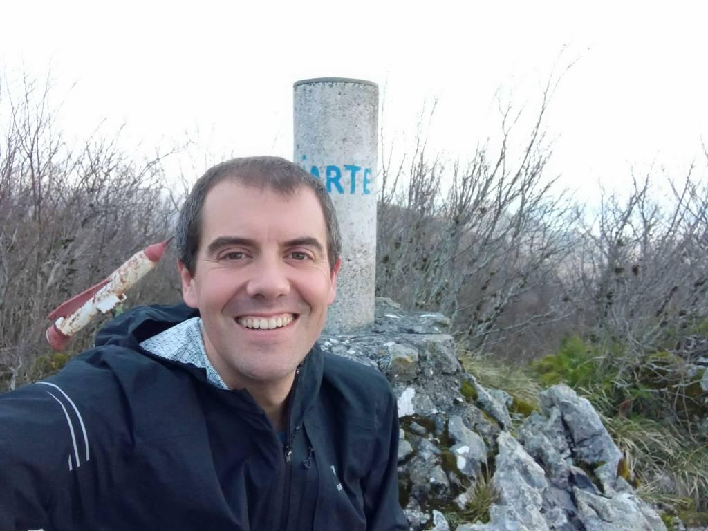 Mikel Lizarralde erabiltzailea Sesiarte puntan, 2020-12-24 16:03