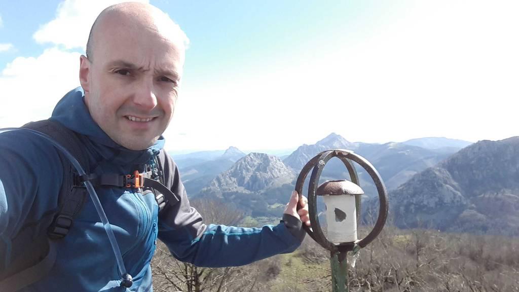 Mikel Larreategi erabiltzailea Leungana puntan, 2021-03-13 12:34