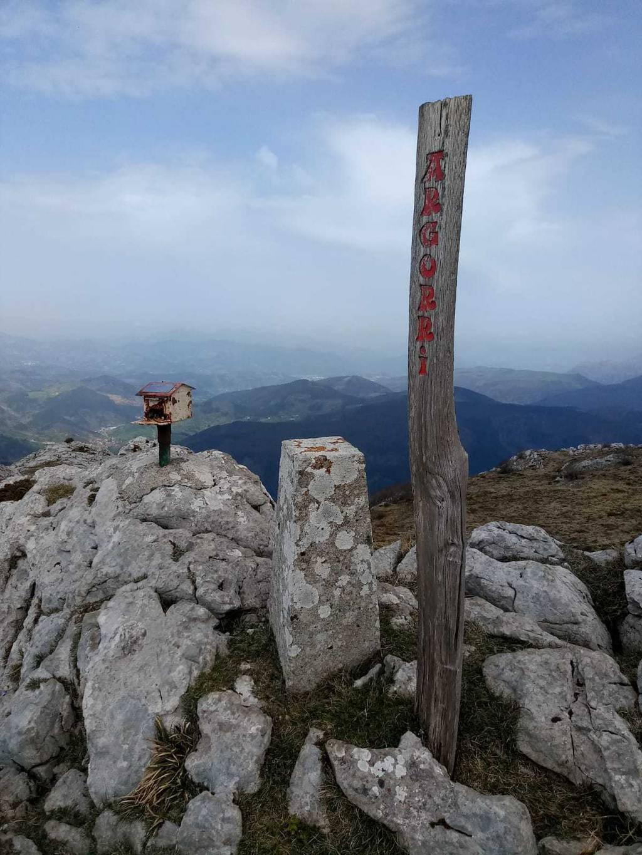Begoña de la Cal erabiltzailea Argorri puntan, 2021-04-02 12:30