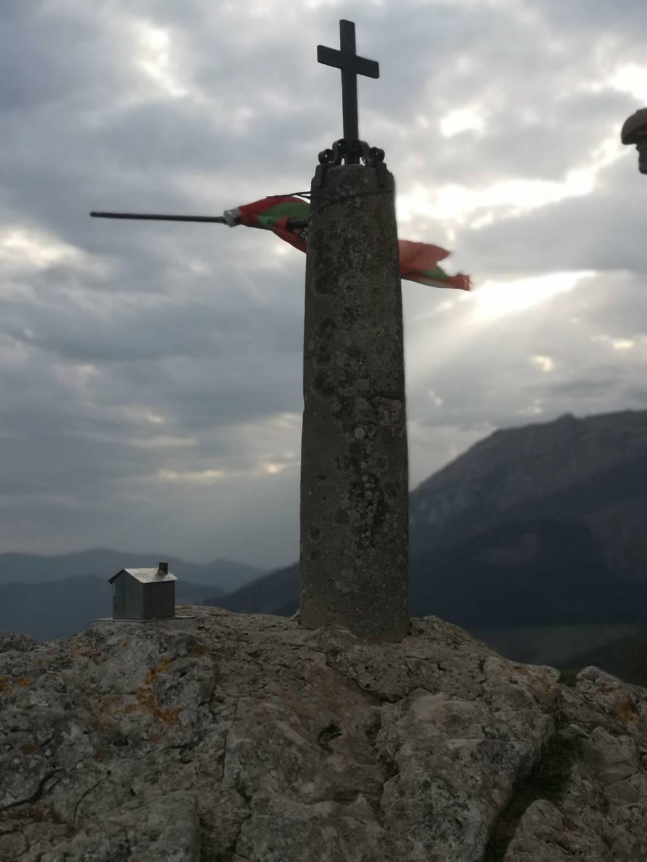 Zuriñe Larrinaga erabiltzailea Atxorrotx (Aitzorrotz) puntan, 2021-04-09 08:51