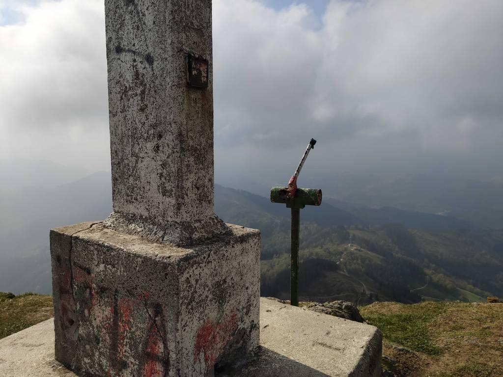 Inigo Aizpuru erabiltzailea Izazpi puntan, 2021-04-18 10:54