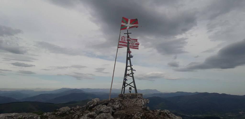 Dabid Beitia erabiltzailea Pico de la Cruz puntan, 2021-04-28 14:22