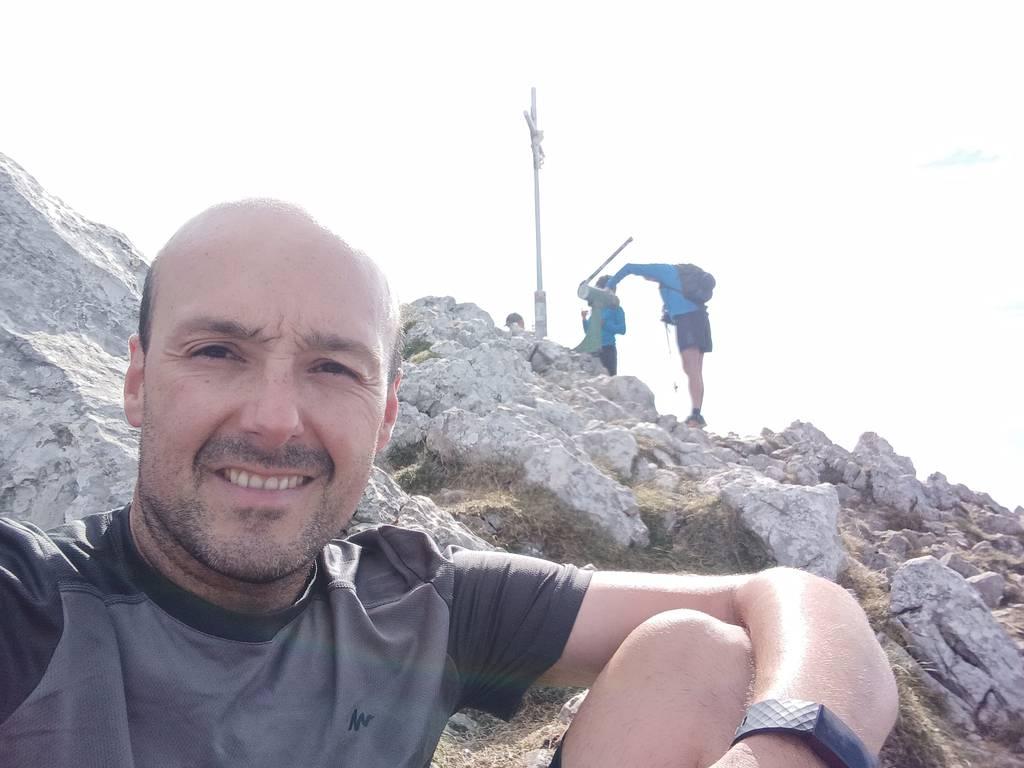 Mikel Larreategi erabiltzailea Aizkorri puntan, 2021-08-29 11:28