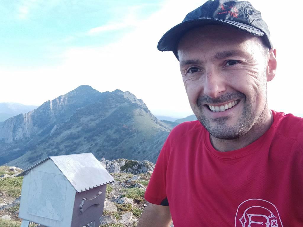 Mikel Larreategi erabiltzailea Alluitz puntan, 2021-10-16 16:42