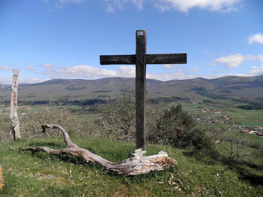Jesus Txurruka erabiltzailea Cruz de Larrea puntan, 2013-04-21 10:24